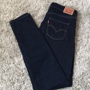 311 Levi's shaping skinny jeans